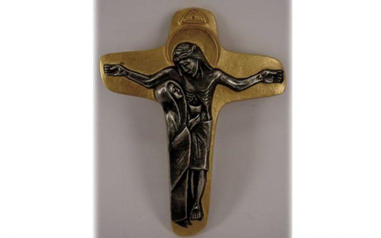 Maria fa parte della croce…..