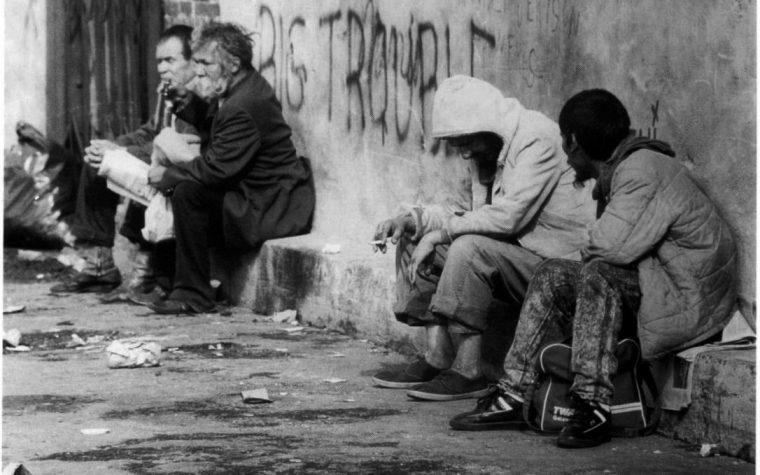Contro la povertà.