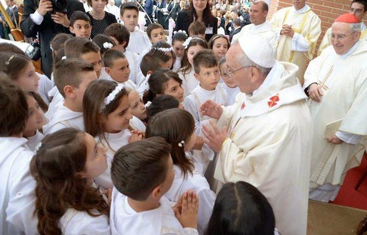 Papa Francesco ha fatto dietro front sui catto-conigli?