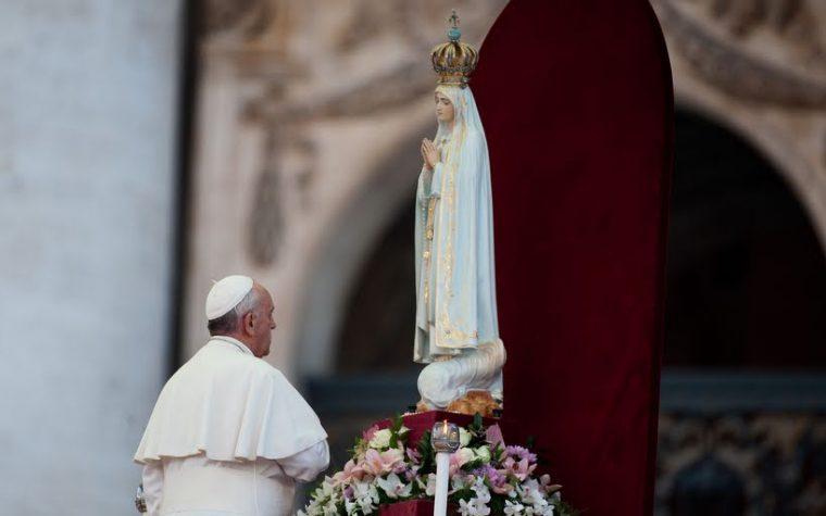 Come guarda papa Francesco la Vergine Maria?