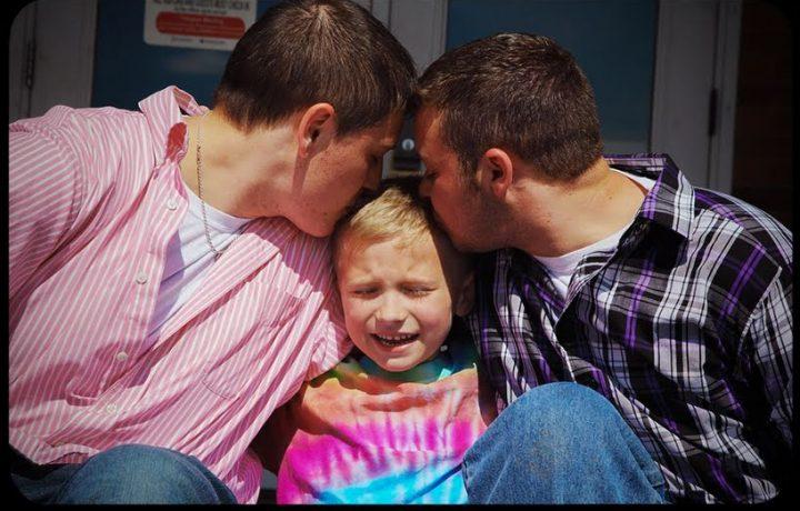 Lettera di una figlia amorevole alla comunità gay.
