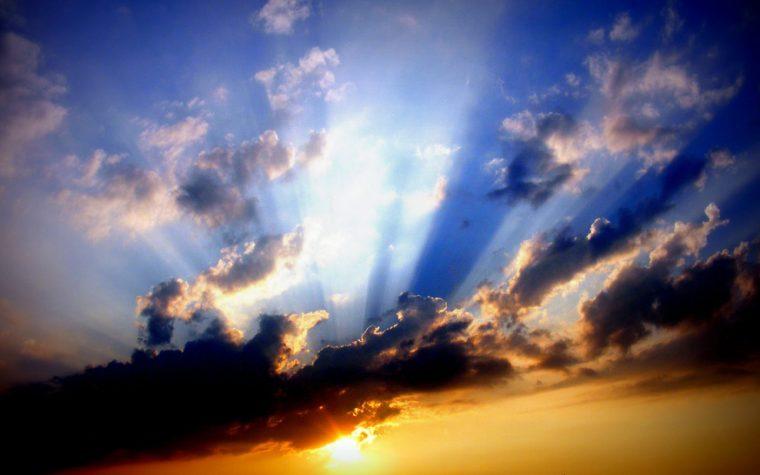 La preghiera che spalanca i cieli
