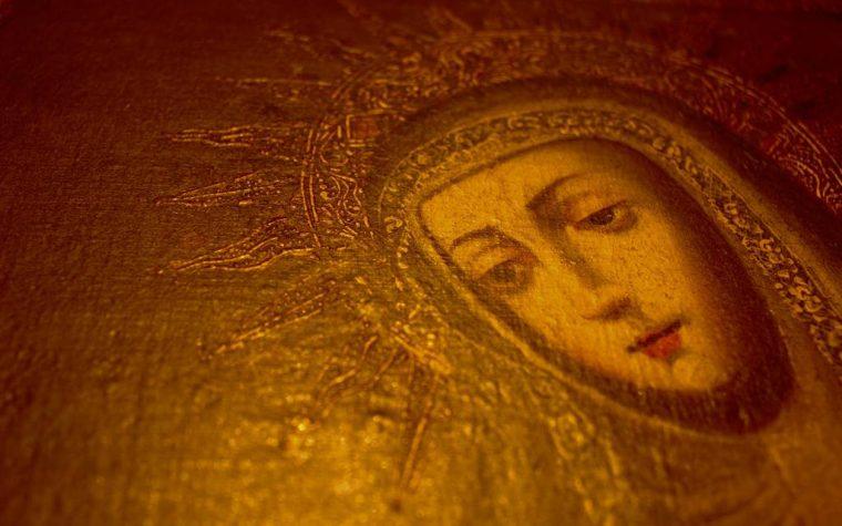 """L'""""Eccomi"""" di Maria per vivere pienamente il tempo dell'Avvento"""