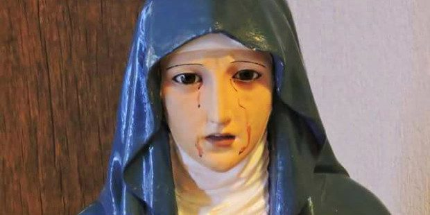 La Madonna che piange, l'ostia che sanguina, il manto che cambia colore… bisogna crederci?